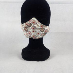 DSC 1596 scaled 300x300 - Masque en tissu fleuri beige