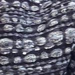 Etole grise et noire BARBARA tissu 150x150 - Étole grise et noire BARBARA