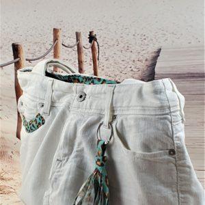 Sac en jean blanc Gabrielle 300x300 - Accessoires de mode pour femmes