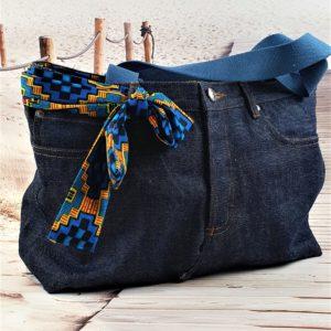 Sac en jean brut bleu Cléo, pièce unique de créateur fabriquée à Montpellier